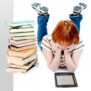 E-book reading is up, print reading is down, girl with e-reader, girl with e-books