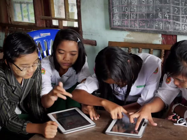 Connect to learn myanmar _girls_education_600